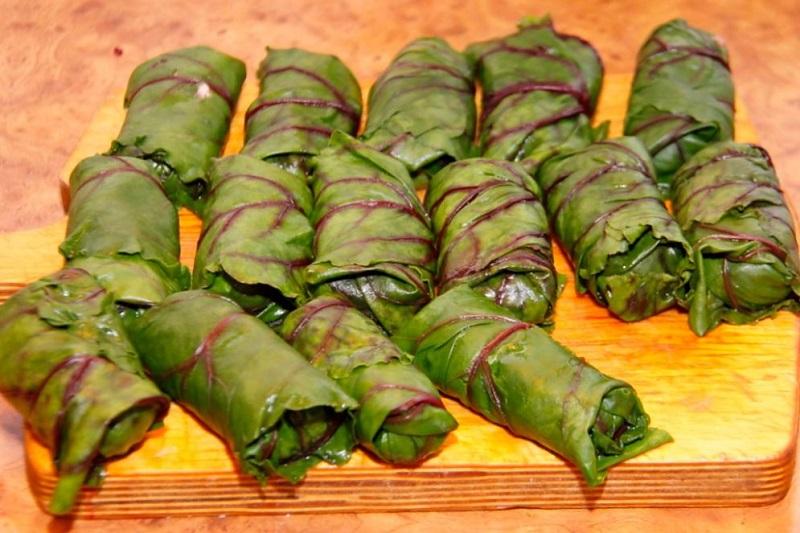 Голубцы из свекольных листьев голубцы,кулинария,мясные блюда