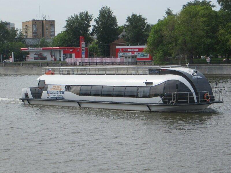 Кораблики на Москве-реке путешествия,Путешествие и отдых