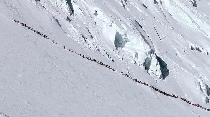 Очередь за смертью на Эвересте МиР