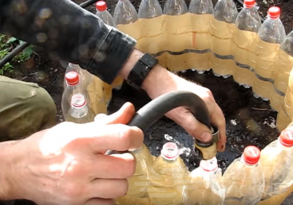 Простая тёплая грядка из пластиковых бутылок Самоделки