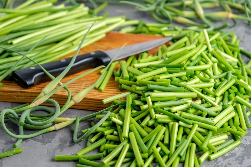 Как заготовить чесночные стрелки на зиму кулинария, советы, витамины, заготовки, закуски, лайфхаки, чеснок