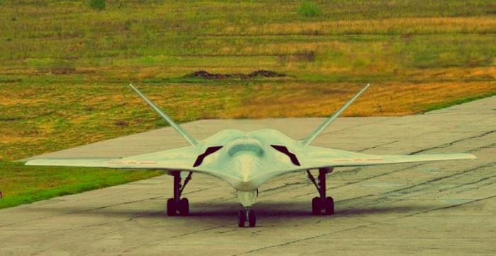 «В погоне за стелсом»: новый российский бомбардировщик ПАК ДА взлетит уже в 2022 году авто