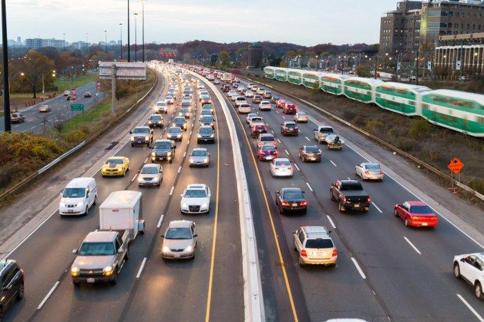 Негласные правила дорожного движения, которые должен соблюдать каждый водитель авто