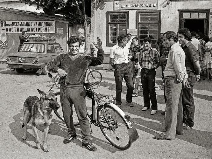 Редкие фотографии времен СССР: Как жили советские люди в 1970-80-х история,СССР,фото